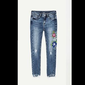 Zara Jeans with floral embroidered